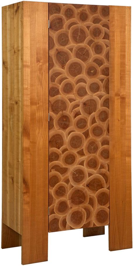 Exklusives Kunstmöbel handgefertigter Kirsch Massivholzschrank, individuelles Möbelkunstwerk aus edlem Naturholz
