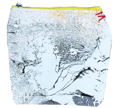 galaxy zipper bag 1 - back
