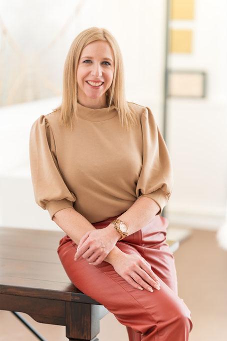 Nicole Baumgartner, Expertin für Hypnose und Gewichtsabnahme, Thurgau, St.Gallen, Zürich, Schaffhausen, Basel, Bern, Schweiz