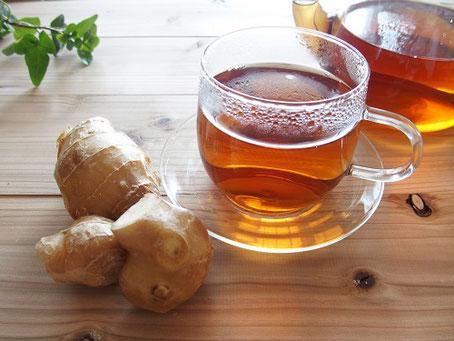 冬が旬なものや、暖色系の色の食べもの、発酵食品は体を温める