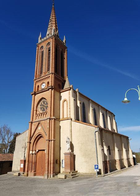Eglise de Ségreville - départ de la randonnée
