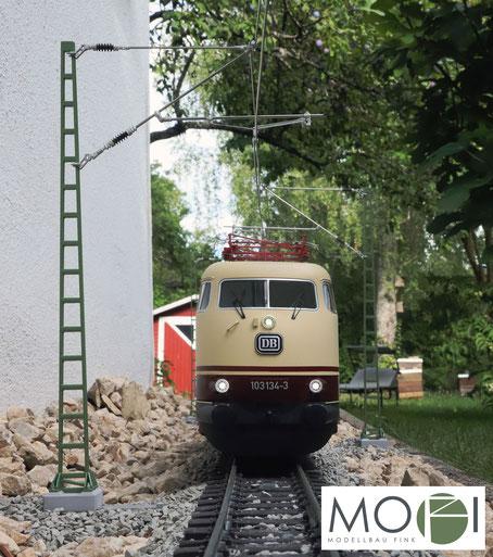 Die detailgetreue und hochwertige Oberleitung für die große Modellbahn in Spur-G von MOFI.