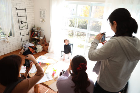 赤ちゃんの写真 フォトスタジオ カメラレッスン 写真教室子どもの写真 フォトスタジオ コロボックル colobockle