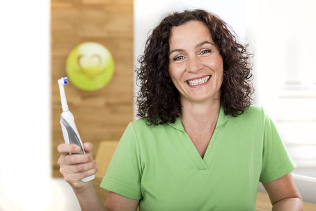 Handzahnbürste oder elektrische Zahnbürste ?