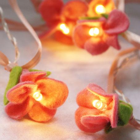 Guirlande lumineuse fleurs de cerisiers (cliquez sur la photo pour en savoir plus)