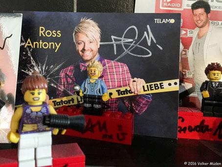 Blog, Bild zeigt Ross Antony als Lego-Figur im Radiostudio