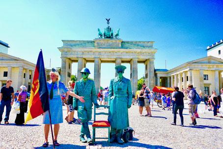 Berlin Brandenburger tor  Sehenswürdigkeiten Hauptstadt Deutschland Berlin