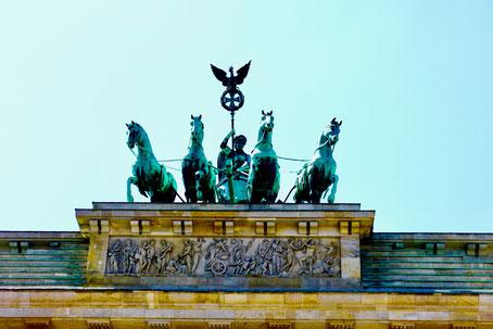 Berlin brandenburger tor Quadriga  Sehenswürdigkeiten Hauptstadt Deutschland Berlin