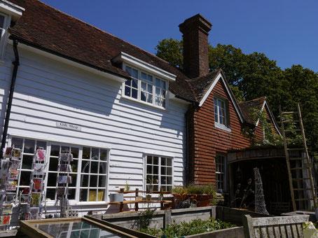 Great Dixter Garten Shop  Gartenreise nach England Great Dixter Garden