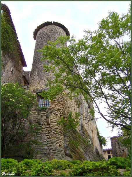 Le château et sa tour - Goult, Lubéron - Vaucluse (84)