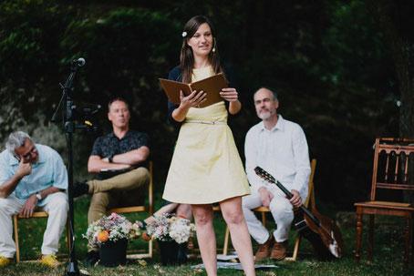 Strauß & Fliege, Traurednerin, Freie Rednerin, Brasilianische Hochzeit, Hochzeitsredner portugisiesisch, Trauredner zweisprachig