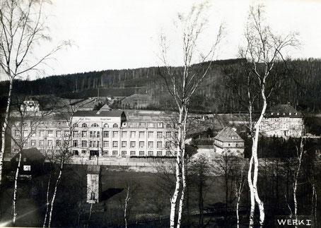 Die Strumpfabrik des Max Pfau Quelle: Bildarchiv der Gemeinde Burkhardtsdorf