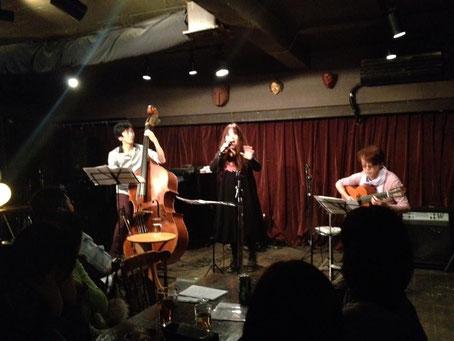 12.1 Yokohama Dolphy