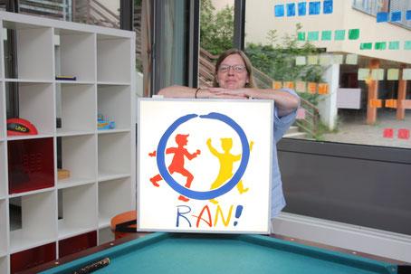 Spiel und Spaß im RAN! Vera Gossmann, die Leiterin des Jugendtreffs erwartet die Kids zum Herbstferienprogramm 2018