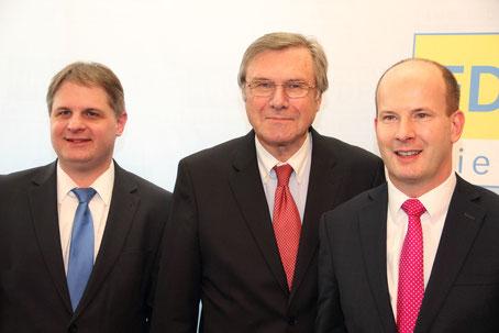 Von links nach rechts: Ralf Witzel, stellv. Vorsitzender der FDP-Landtagsfraktion NRW, Dr. Wolfgang Gerhardt, Vorstandsvorsitzender der Friedrich-Naumann-Stiftung für die Freiheit, und André Busshuven, Geschäftsführer des Verbandes Freier Berufe NRW
