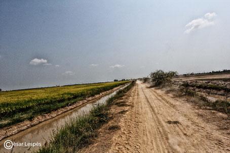 Perdu quelque part sur une route poussièreuse