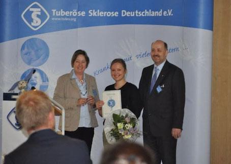 Preisverleihung an Dr. Sarah Leutelt. Foto: Inga Lepka