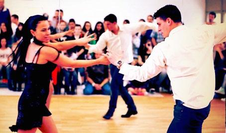 Salsa Anfängerkurs Fortgeschrittene Kurs Effretikon Zürich Oberland Winterthur Dance Gallery Emma Carrera Jose Garcia