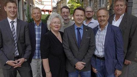 Udo Rüttgers (4.v.r.) führt jetzt den Ortverband der Stolberger CDA. Der 44-Jährige neue Vorsitzende erhält allerdings reichlich Unterstützung aus den Reihen der Christdemokraten. Foto: T. Dörflinger