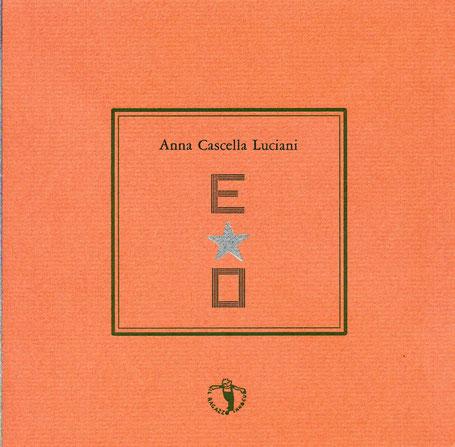 copertina con stampa tipografica in verde e argento
