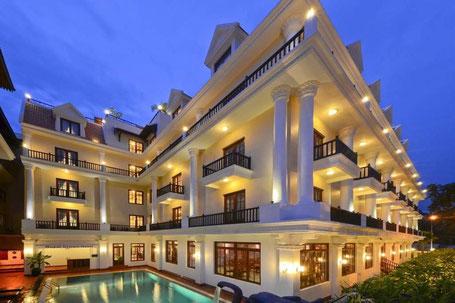 ロイヤルクラウンホテル|カンボジア旅行|オークンツアー|現地ツアー