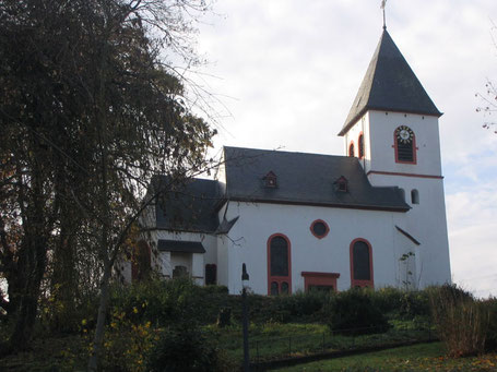 Foto: http://www.pfarreiengemeinschaft-schweich.de/sankt-martin-riol.html