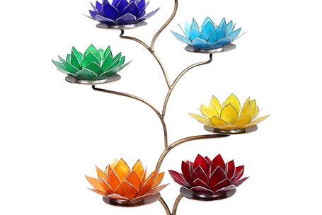 Kleurrijke lampen en waxinelichten