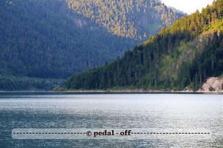 Wasser See Fluss fließend Natur Outdoor Naturfotographie sylvenstein isar lenggries alpen bayern