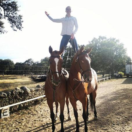 Sandra Plasser und Pferde in Spanien