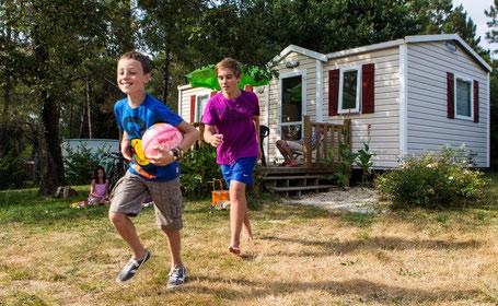 Camping de l'Etang de Bazange jeux animations activités dordogne piscine