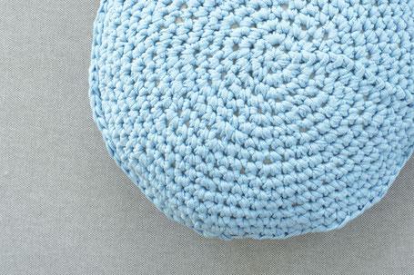 Kissen mit Textilgarn häkeln : Circle Häkelset von WOOLTWIST