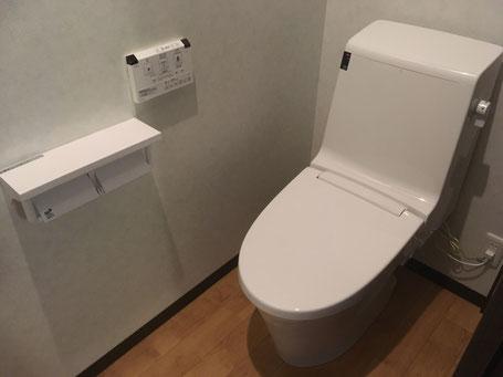 時愉亭 客室トイレ
