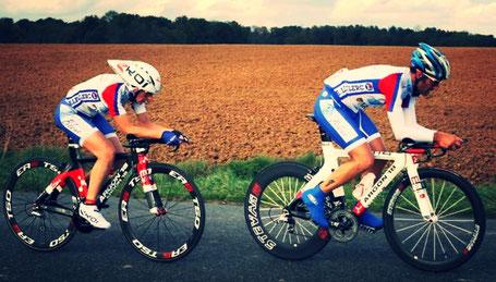 entrainement vélo de course mixte
