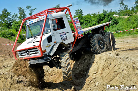 Team Alsace Truck (F) Francis Wey - Justine Rey. UNIMOG.Vincitori cat. 3 assi