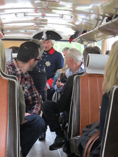Der Alte Fritz im Bus der Nostalgietour