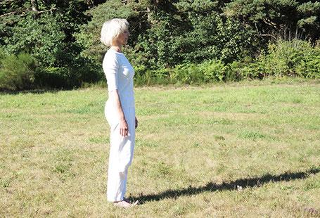 équilibre en arrière - préparation posture arbre