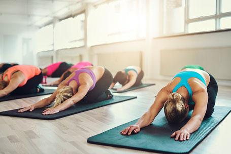 Yoga am Samstag Morgen mit Eveline Cassim, Yogatherapie Wettingen