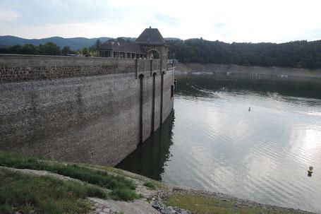 Niedrigwasser im Edersee