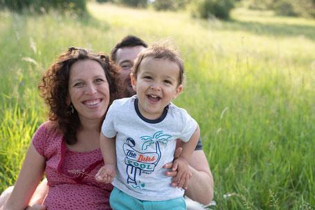 Celia D. Photographie Séance photo famille grossesse naissance Dijon