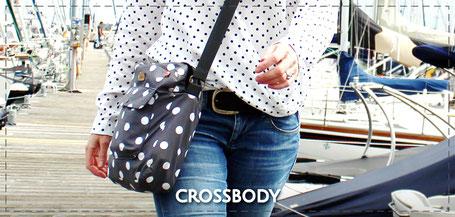 Julia Design handmade Tasche Handtasche Umhängetasche crossbody Stofftasche wasserabweisend Yvonne