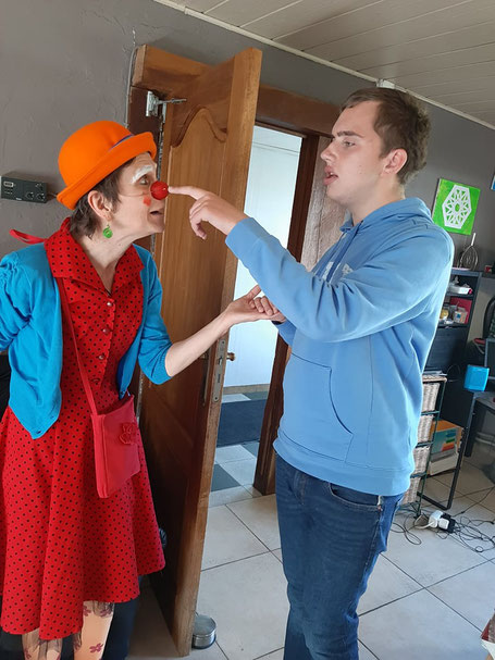 N. et le clown coccinelle (Sylvie)