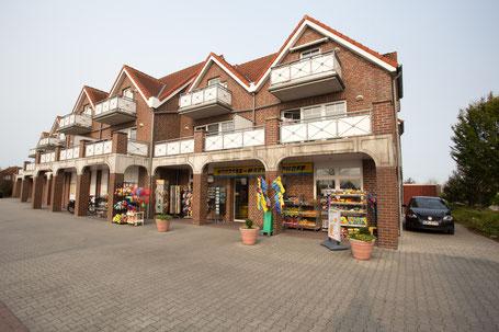 Supermarkt auf dem Dorfplatz