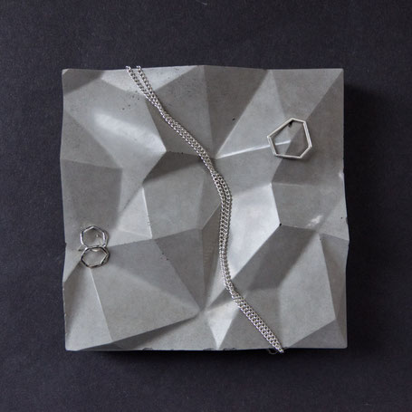 Mountain Tile, concrete jewellery display tray by PASiNGA design