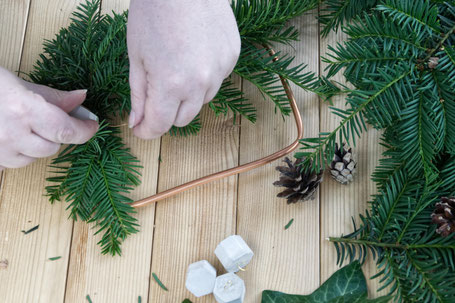 DIY Winter Wreath Attaching Evergreens, Pine Cones And Concrete Hexagon Ornaments By PASiNGA Decoration Ideas