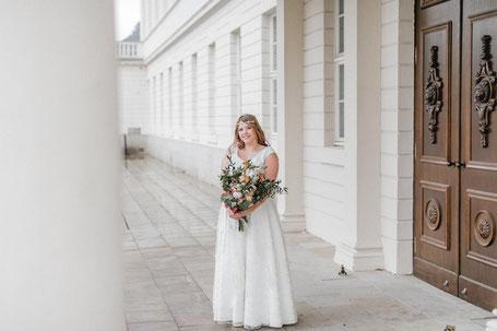 Brautkleider für Mollige - Curvy Bride Kollektion