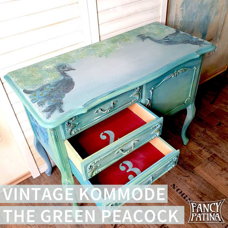 VINTAGE CHIPPENDALE KOMMODE THE GREEN PEACOCK