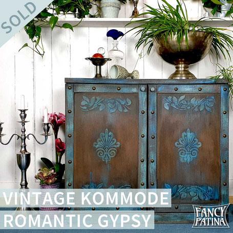 VINTAGE SCHRANK ROMANTIC GYPSY