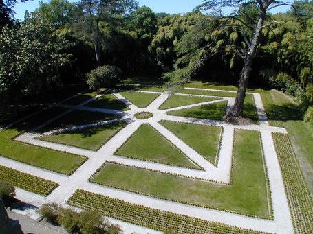 Le jardin à la française du domaine belle époque à linxe landes