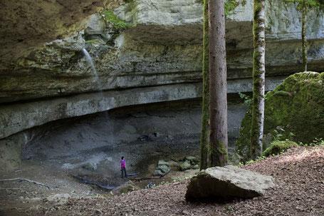 Bief de Voutanaive Schlucht Felsenkessel Wasserfall Goumois Jura