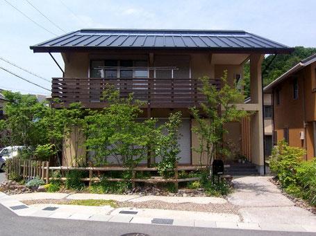 写真:生駒市 緑ヶ丘 杉の家 外観